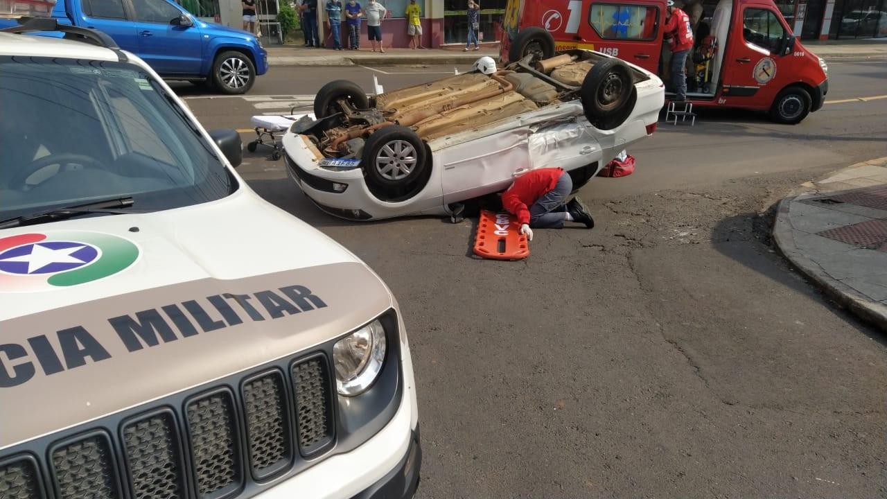 Motorista causador de acidente na área central apresentava sinais de embriaguez