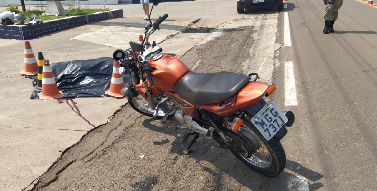 Motociclista envolvido em atropelamento está internado na UTI em estado grave