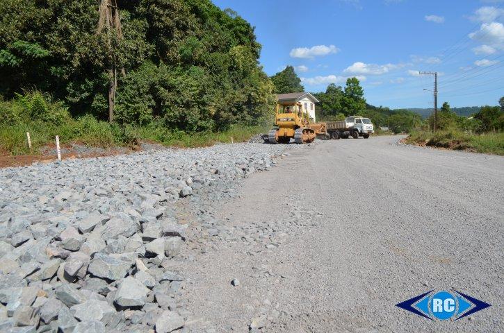 Obras da rodovia Jaborá a Ouro estão paralisadas