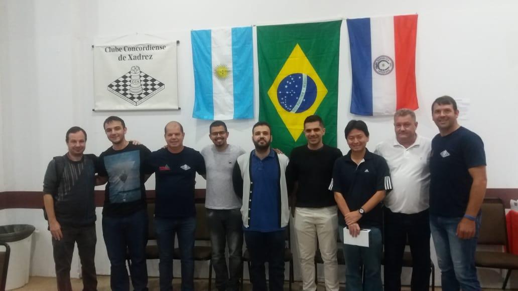 Começa o Torneio Internacional de Xadrez