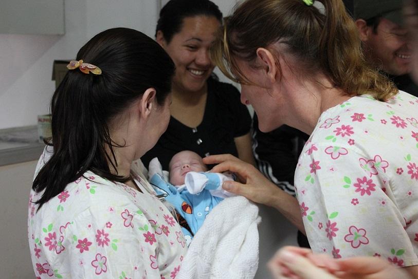 Bebê de Concórdia nasce com 25 semanas e tem alta do HSF